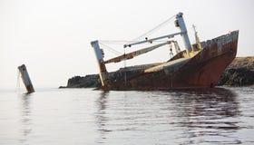 Övergiven bruten skepphaveri Royaltyfri Foto