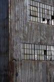 övergiven byggande fabrik Fotografering för Bildbyråer