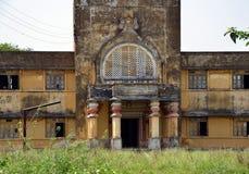 Övergiven byggnad av Mughal arkitektur Royaltyfria Foton