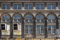 Övergiven byggnad i helgonet Lious, MO Royaltyfria Bilder