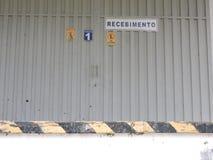 Övergiven fabrik, delar av bransch som är utsatta till klimatet Royaltyfri Foto