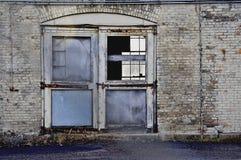 Övergiven gammal dörröppning Fotografering för Bildbyråer