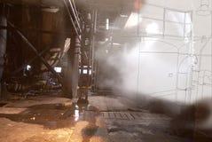 Övergiven industribyggnad under konstruktionsbegrepp Royaltyfria Bilder