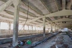 Övergiven industriell byggnadsinterior Royaltyfri Foto