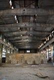 övergiven industriell interior Royaltyfri Bild