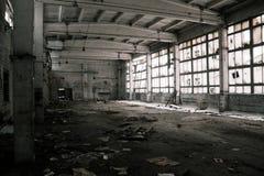 övergiven industriell interior Royaltyfria Bilder