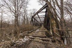 Övergiven järnvägbro - Pennsylvania Arkivbilder