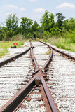 Övergiven järnvägföreningspunkt Arkivbild