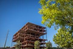 Övergiven kontorskonstruktion i Sant Cugat del Valles Barcelon Royaltyfri Bild