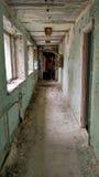 Övergiven korridor i pripyat Royaltyfri Foto