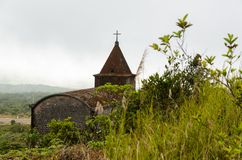 Övergiven kristen kyrka arkivbild