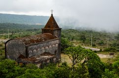 Övergiven kristen kyrka royaltyfria foton