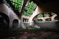 övergiven kyrka Royaltyfri Fotografi