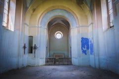 Övergiven kyrka i Ukraina arkivbilder