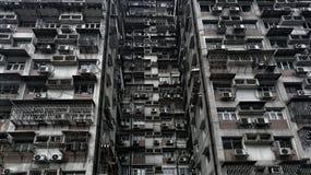 Övergiven läskig lägenhet arkivbilder