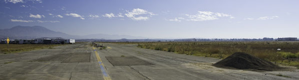 övergiven landningsbana Royaltyfri Foto
