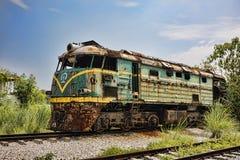 Övergiven lokomotiv på järnvägsstationen i Guilin, Guangxi Provi arkivfoto