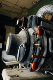 Övergiven makalös utrustning för projektion för lampa Magnarc för hög styrka - övergiven variationsteater - Cleveland, Ohio arkivfoto