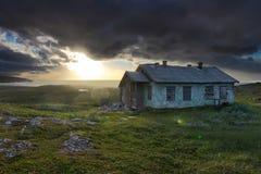 övergiven meteorological station Fotografering för Bildbyråer