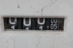 övergiven petrolstation Arkivfoto