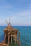 Övergiven pir på Xeros, Cypern i stående Arkivbilder