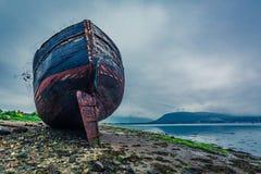 Övergiven skepphaveri i Fort William i sommar, Skottland Fotografering för Bildbyråer