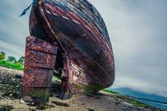 Övergiven skepphaveri i Fort William, Skottland Royaltyfria Bilder