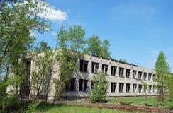 övergiven skola Royaltyfri Foto