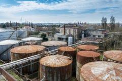Övergiven spritfabrik i Italien arkivfoton