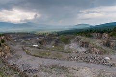 Övergiven stengrop, villebråd i Transylvania, Rumänien Fotografering för Bildbyråer