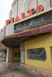 Övergiven teater i Alice, Texas Royaltyfria Bilder