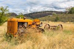 övergiven traktor Royaltyfri Foto