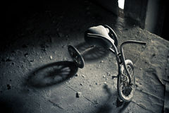 övergiven trehjuling Royaltyfri Fotografi