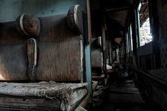Övergiven vagnsinre med platser Royaltyfri Fotografi
