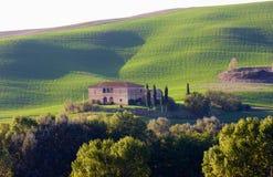 Övergiven villa i Tuscany, Italien Royaltyfri Fotografi