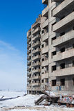 Övergivet höghus i Norilsk Fotografering för Bildbyråer