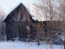 övergivet hus Arkivbild
