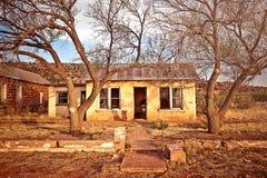 Övergivet hus i Cuervo, New Mexico Royaltyfria Bilder