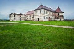 övergivet slott Arkivbild