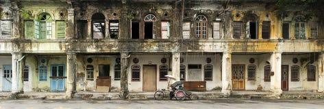 Övergivna arvhus, George Town, Penang, Malaysia Arkivbilder