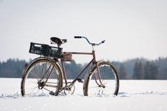 Övergivna cyklar Fotografering för Bildbyråer