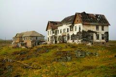 övergivna hus Arkivfoton