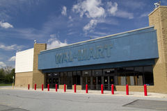 Övergivna WalMart Arkivbild