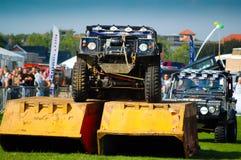 överhopp för arenaklättringLand Rover show Royaltyfria Foton