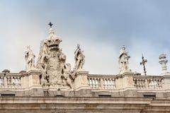 Överkant av byggande av Madrid Royaltyfria Bilder