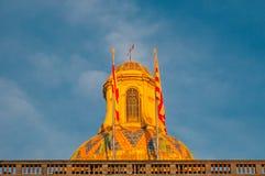 Överkant av den byggande Catalonia regerings- slotten i Barcelona Royaltyfria Foton