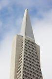 Överkant av det finansiella området för skyskrapa Royaltyfri Bild