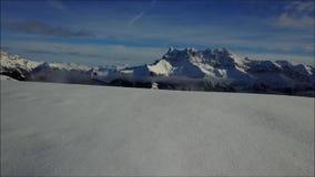 Överkant av ett berg i Frankrike stock video