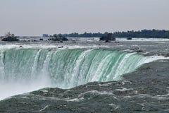 Överkant av hästskonedgången Niagara Falls Ontario Kanada Royaltyfria Bilder