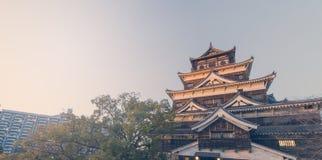 Överkant av Hiroshima träslotten Royaltyfria Foton